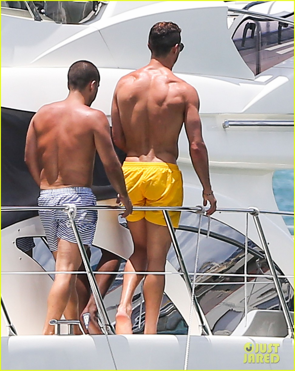 cristiano ronaldo shirtless yacht ride in miami 232891370