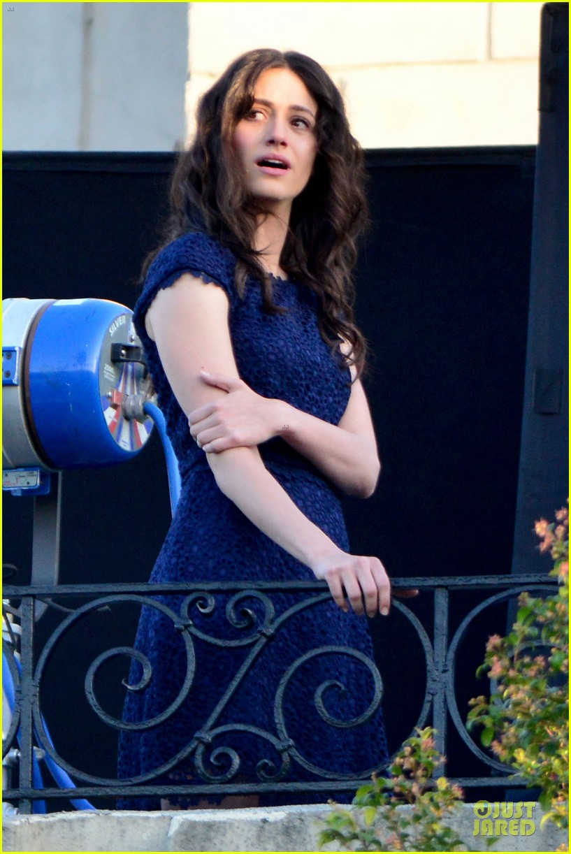 emmy rossum comet emotional scenes with justin long 14