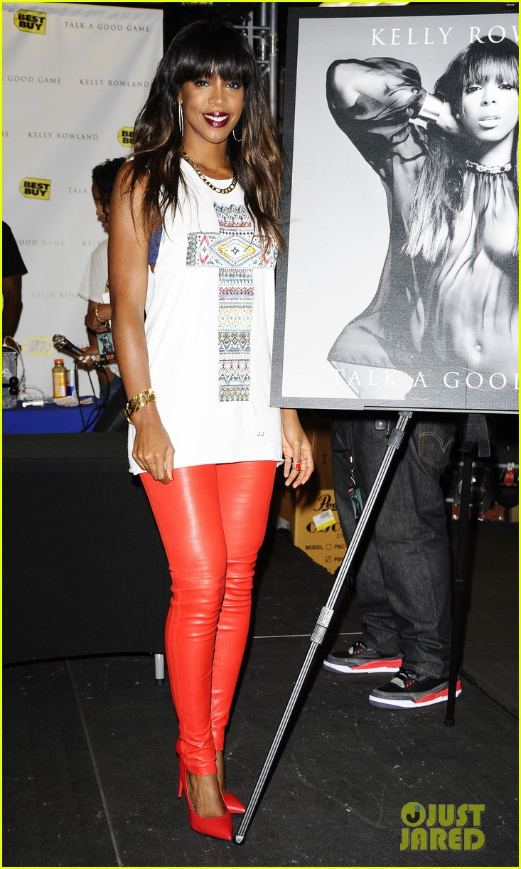 kelly rowland talk a good game nyc album signing 032894180