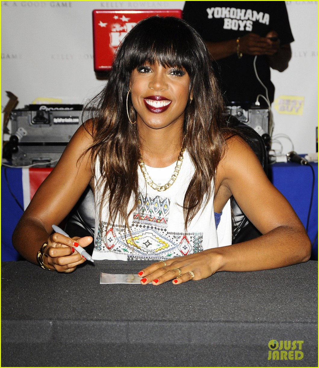 kelly rowland talk a good game nyc album signing 062894183