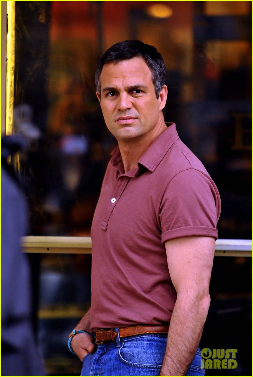 ryan murphy logan visit mark ruffalo cast on normal heart set 092891169