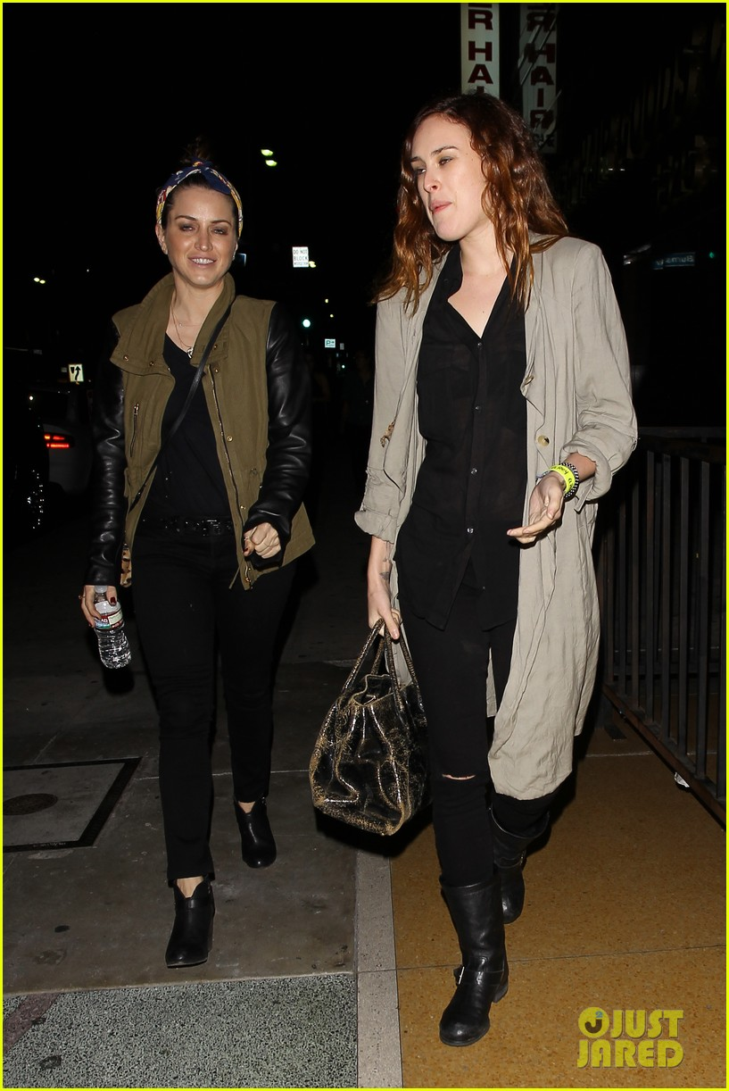 rumer willis attends concert after 1 year with jayson blair 042886483