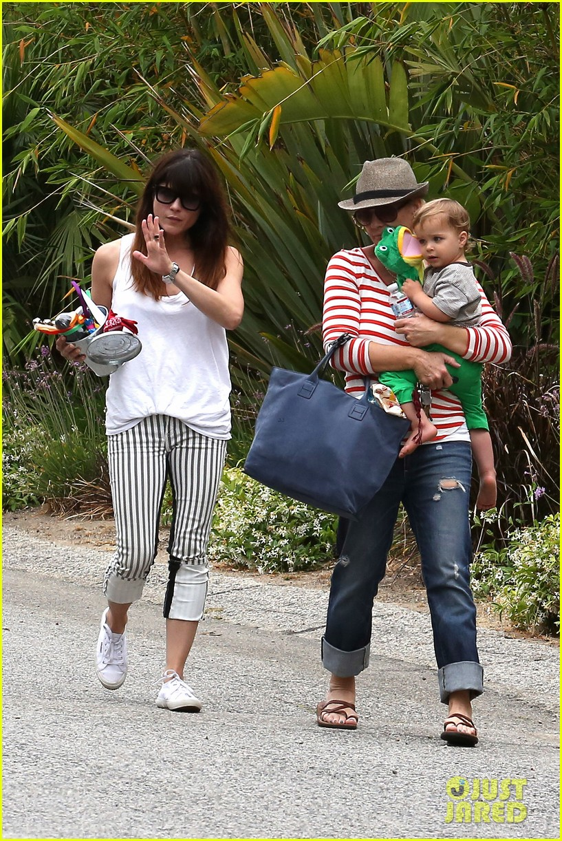 sandra bullock selma blair birthday party with the boys 302883121