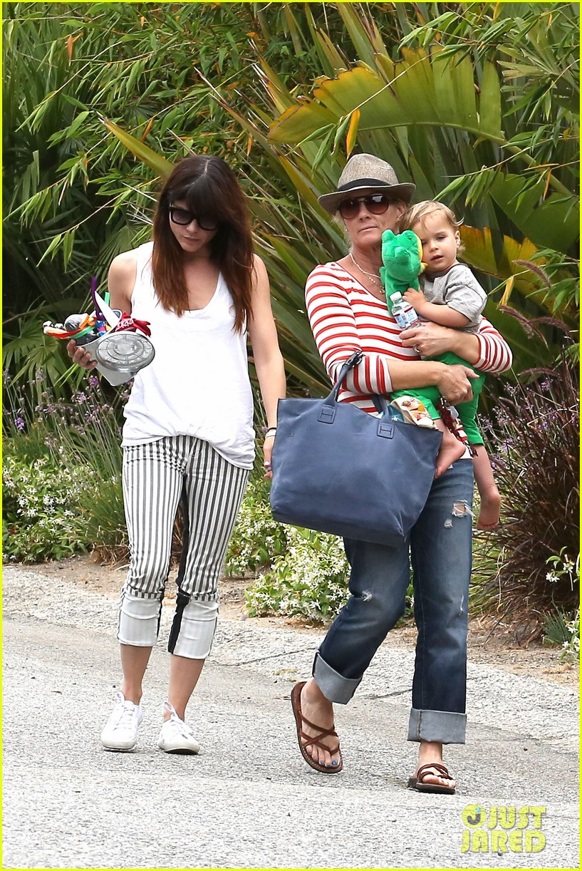 sandra bullock selma blair birthday party with the boys 312883122