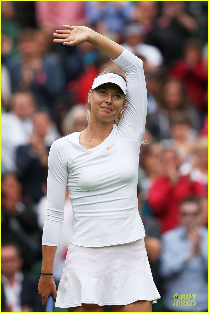 maria sharapova grigor dimitrov hold hands during wimbledon first rounds 232898004