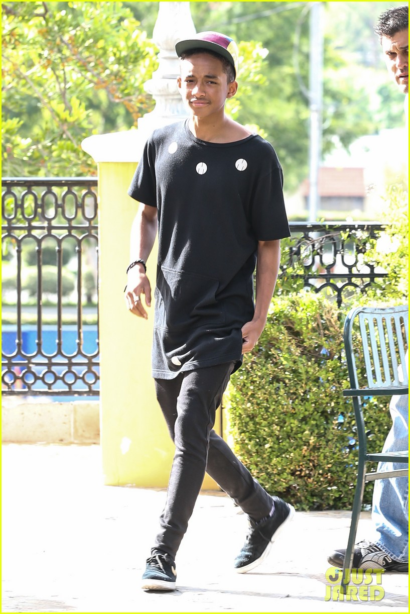 jaden smith posts sweaty instagram picture 05