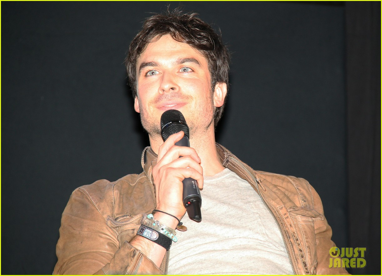 ian somerhalder paul wesley another day at bloodycon 112888421