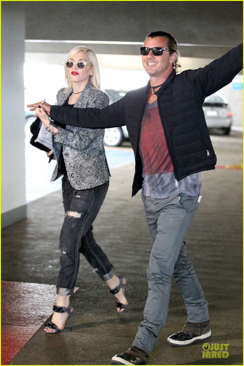 gwen stefani gavin rossdale hold hands before fathers day 07
