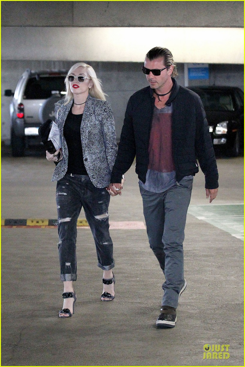 gwen stefani gavin rossdale hold hands before fathers day 092891826