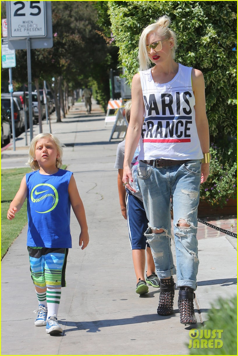 gwen stefani gavin rossdale ice cream with the kids 012899408