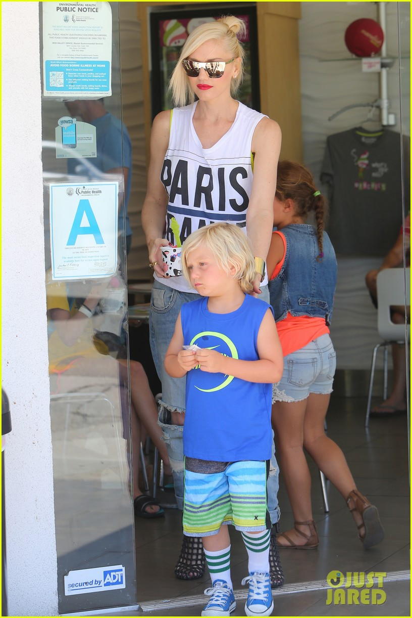 gwen stefani gavin rossdale ice cream with the kids 282899435