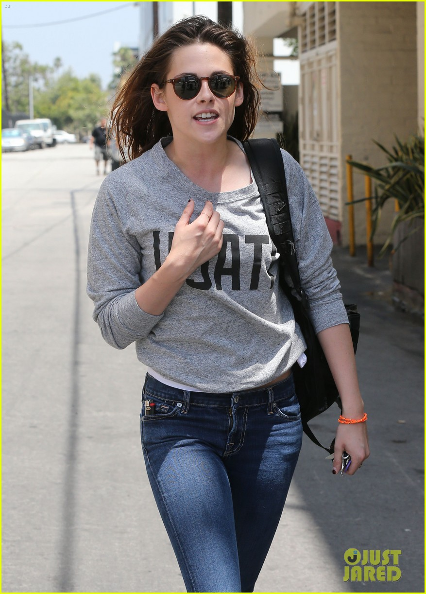 kristen stewart office building stop on thursday 042890733