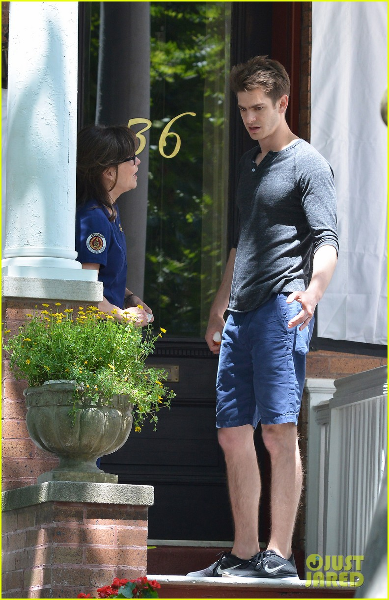 emma stone andrew garfield film spiderman with sally field 242890609