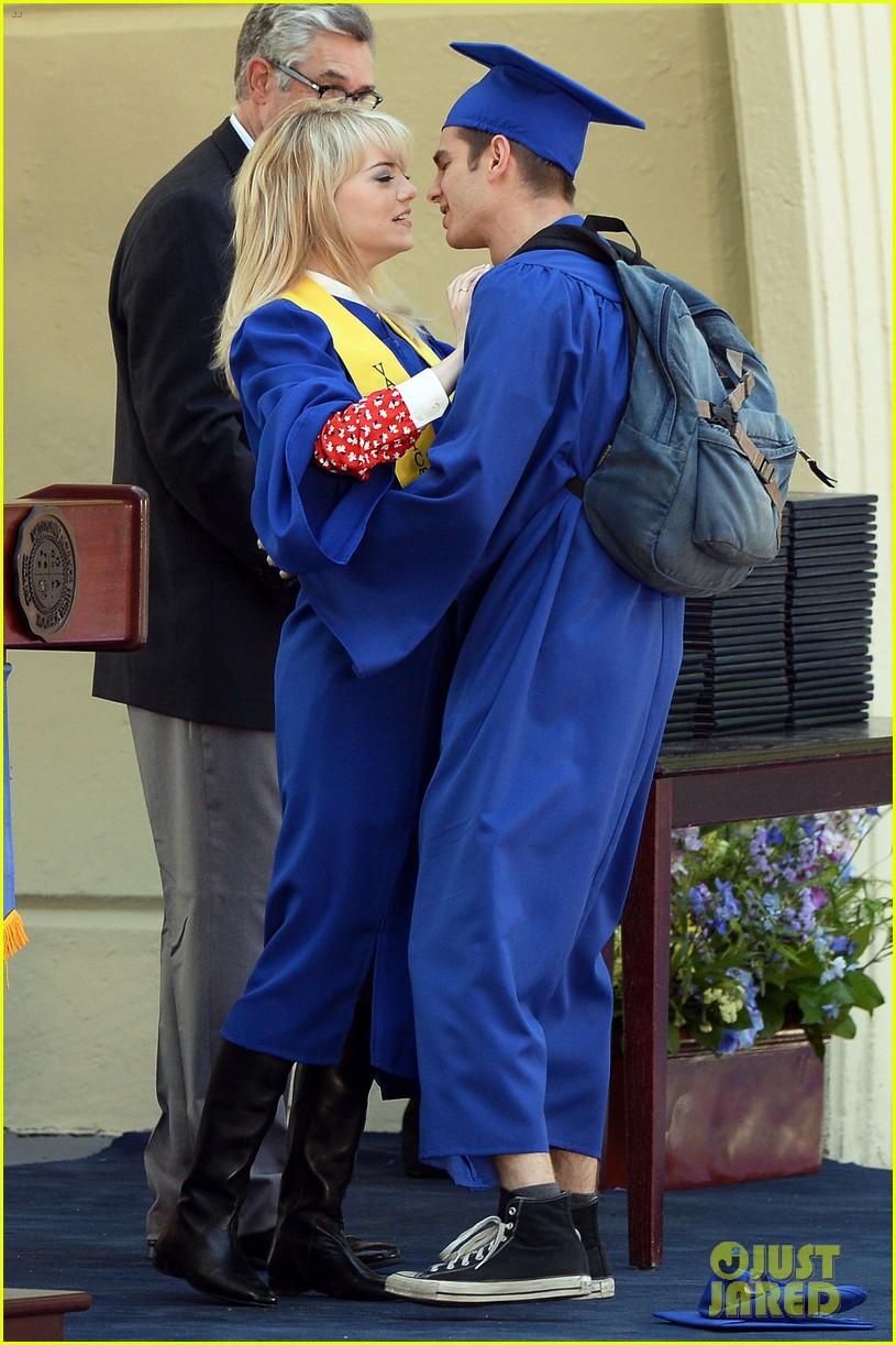 emma stone andrew garfield kiss at spider man graduation 052882252