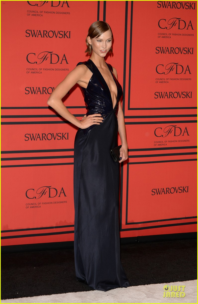 candice swanepoel karlie kloss cfda fashion awards 2013 red carpet 112884051