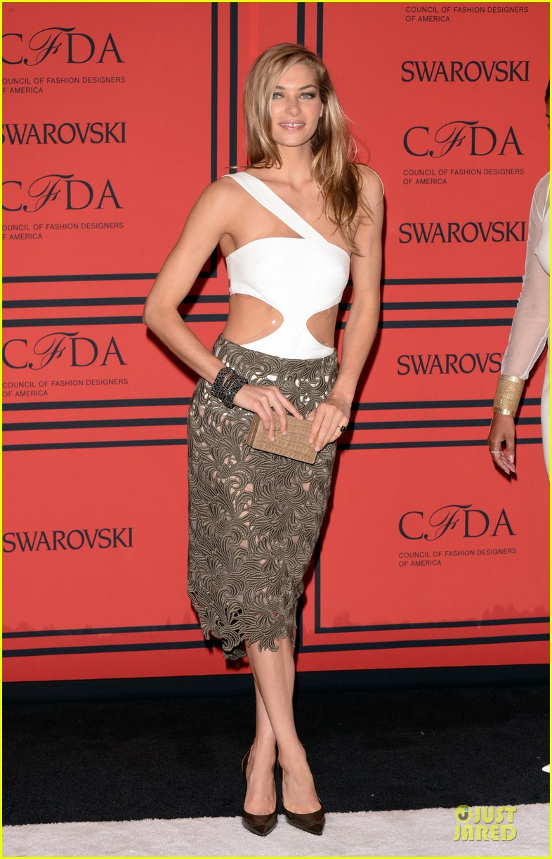 candice swanepoel karlie kloss cfda fashion awards 2013 red carpet 202884060