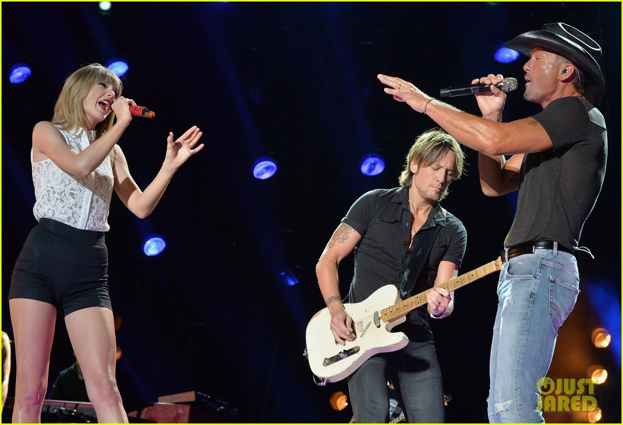 taylor swift keith urban tim mcgraw cma music festival 092886215