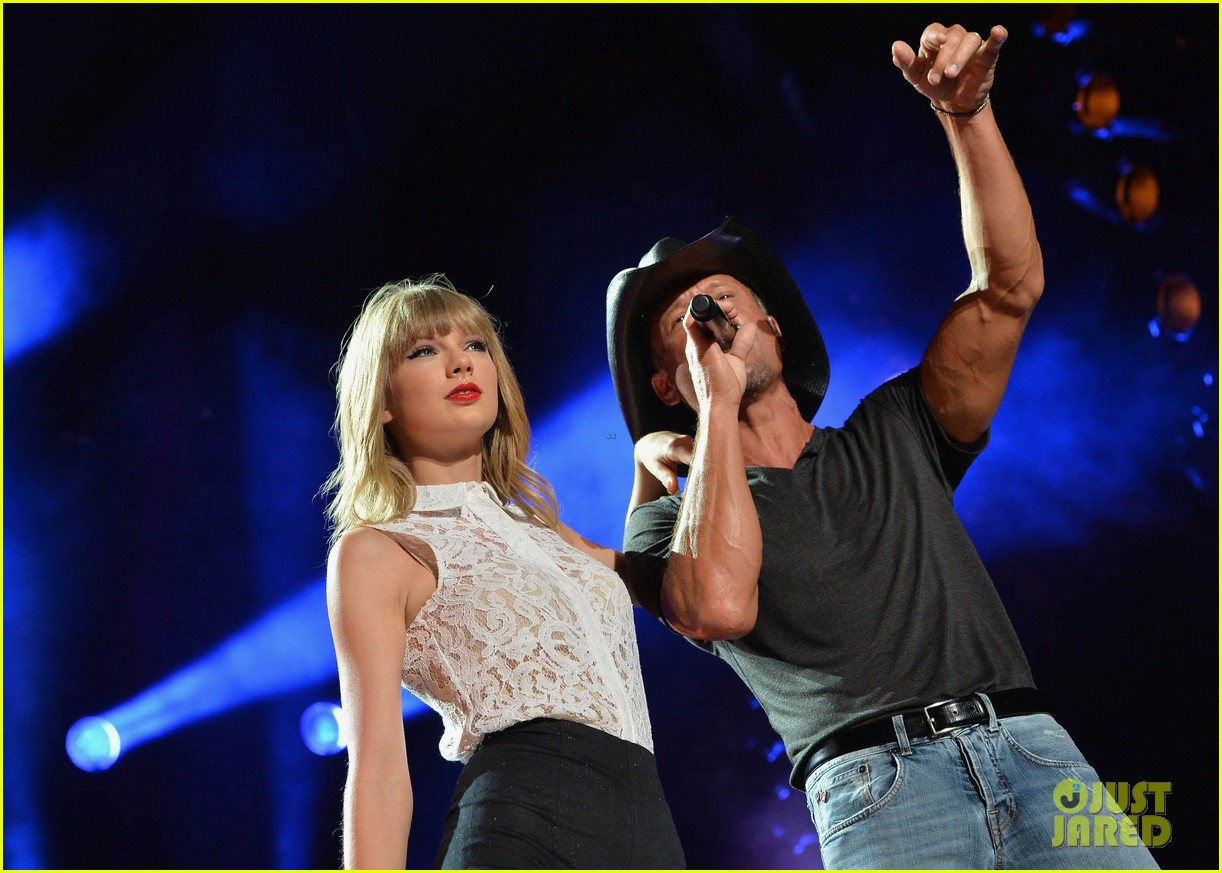 taylor swift keith urban tim mcgraw cma music festival 182886224
