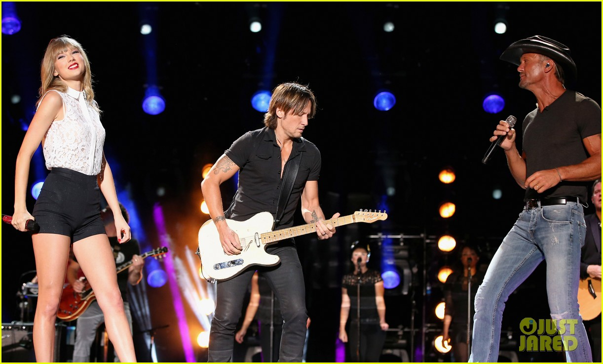 taylor swift keith urban tim mcgraw cma music festival 272886233