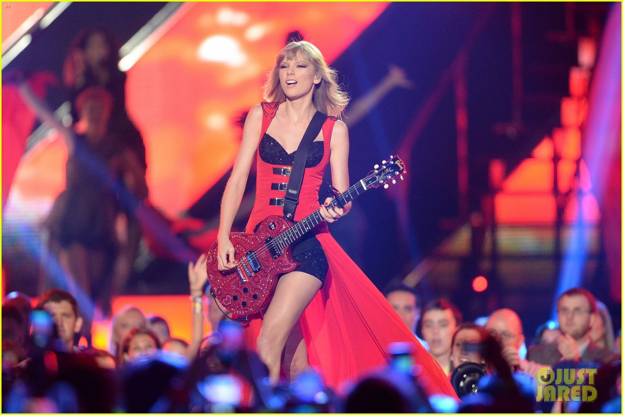 taylor swift cmt music awards performance 2013 video 092885254