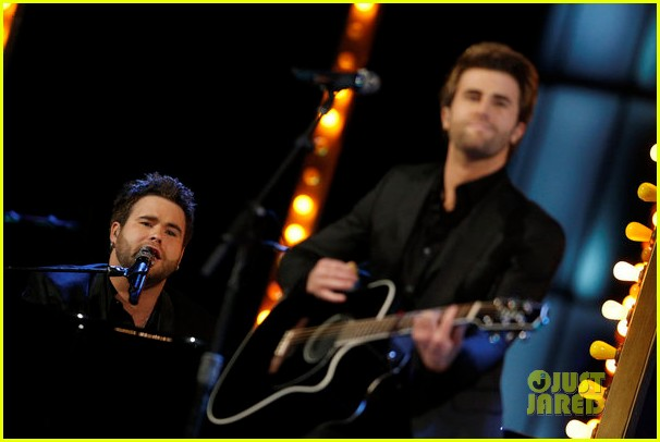 swon brothers voice finale performance watch now 092893314