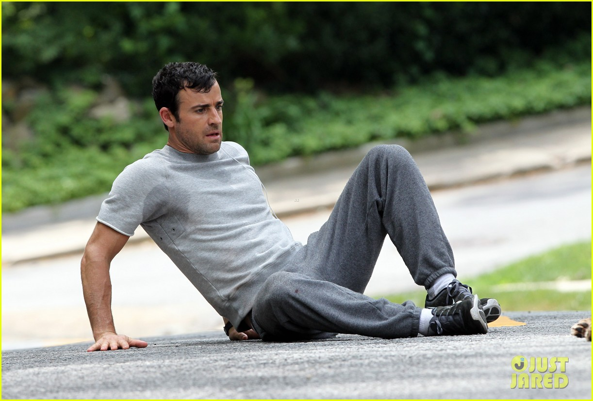 justin theroux begins filming hbo pilot leftovers 112898934