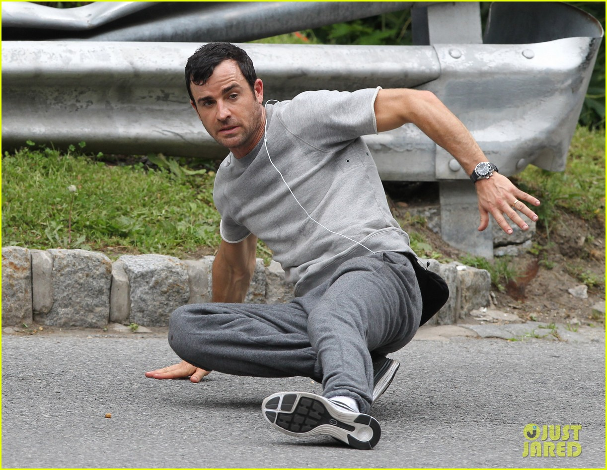 justin theroux begins filming hbo pilot leftovers 132898936