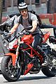 justin theroux ducati dude in new york 06