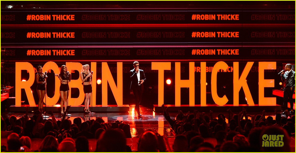 robin thicke bet awards 2013 performance video 062901486