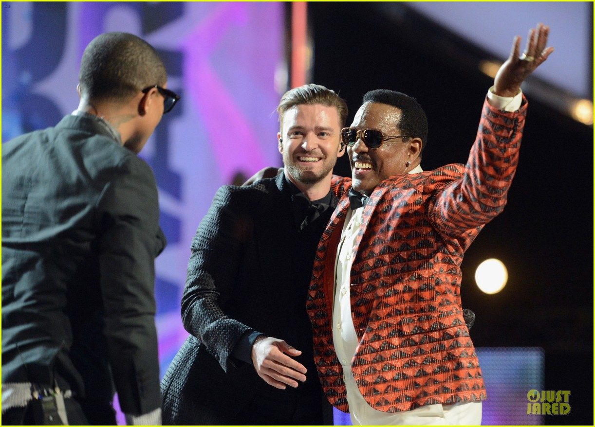 justin timberlake charlie wilson bet awards 2013 performance video 072901720