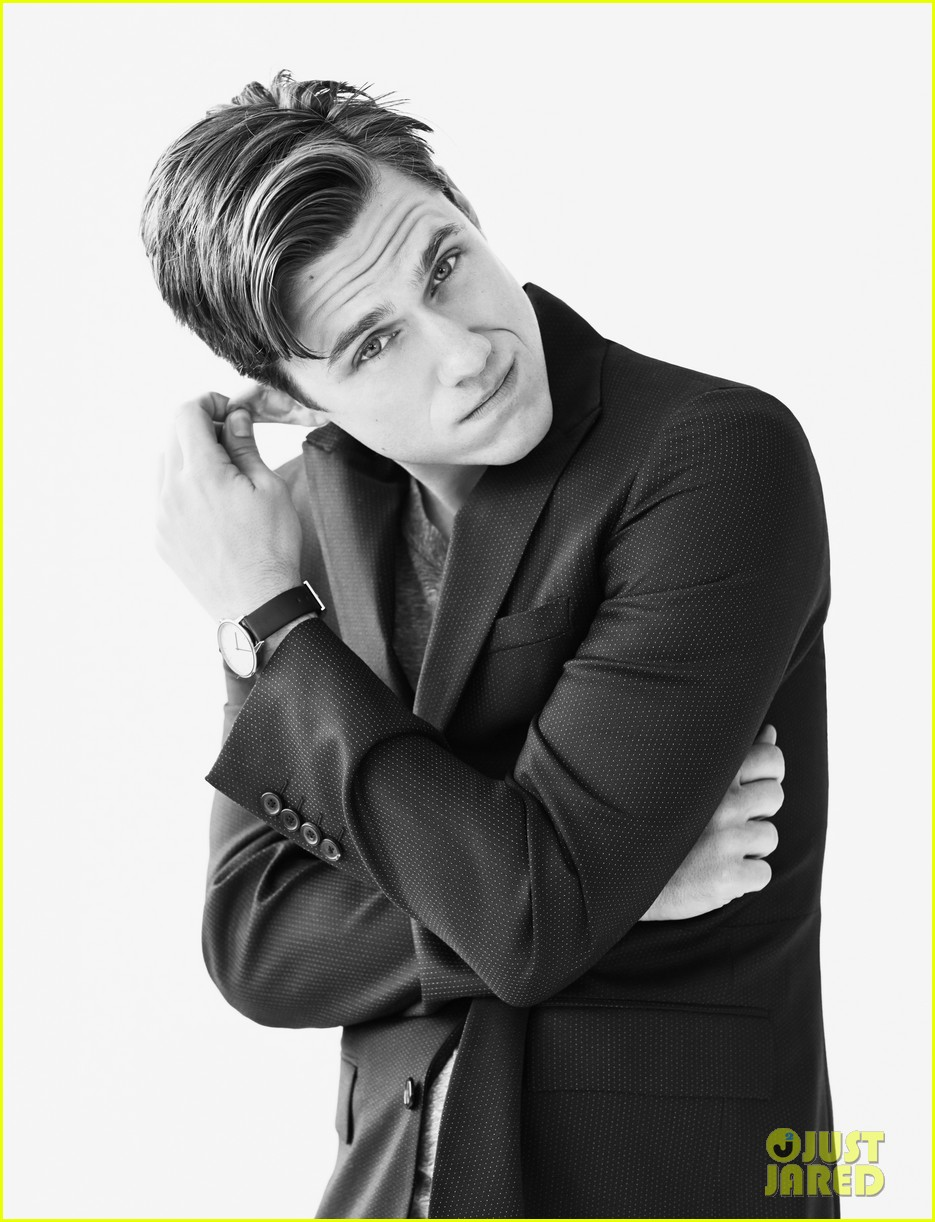 aaron tveit mr porter photo shoot 09