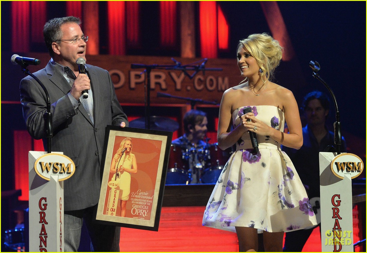 carrie underwood i love performing at the grand ole opry 082886794