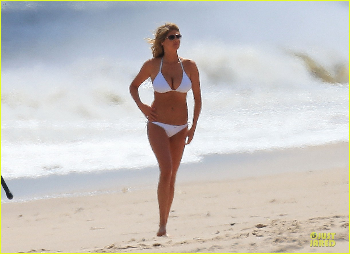 kate upton bikini kissing scene with nikolaj coster waldau 012890313