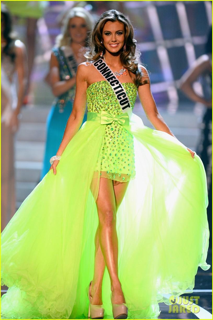 foto Miss USA Erin Brady on Pageant Fashion: It's Definitely Modernizing'
