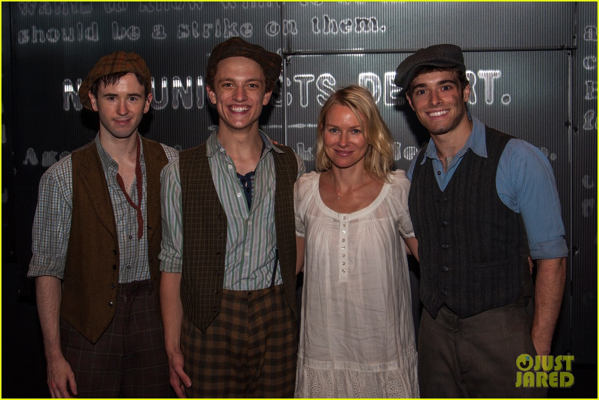naomi watts sees newsies before fathers day with family 032892956