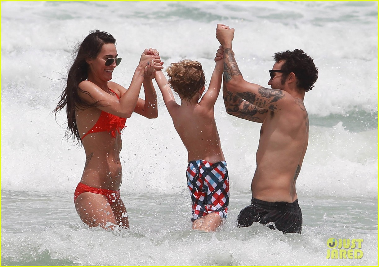 pete wentz shirtless beach day with bronx meagan camper 232886451