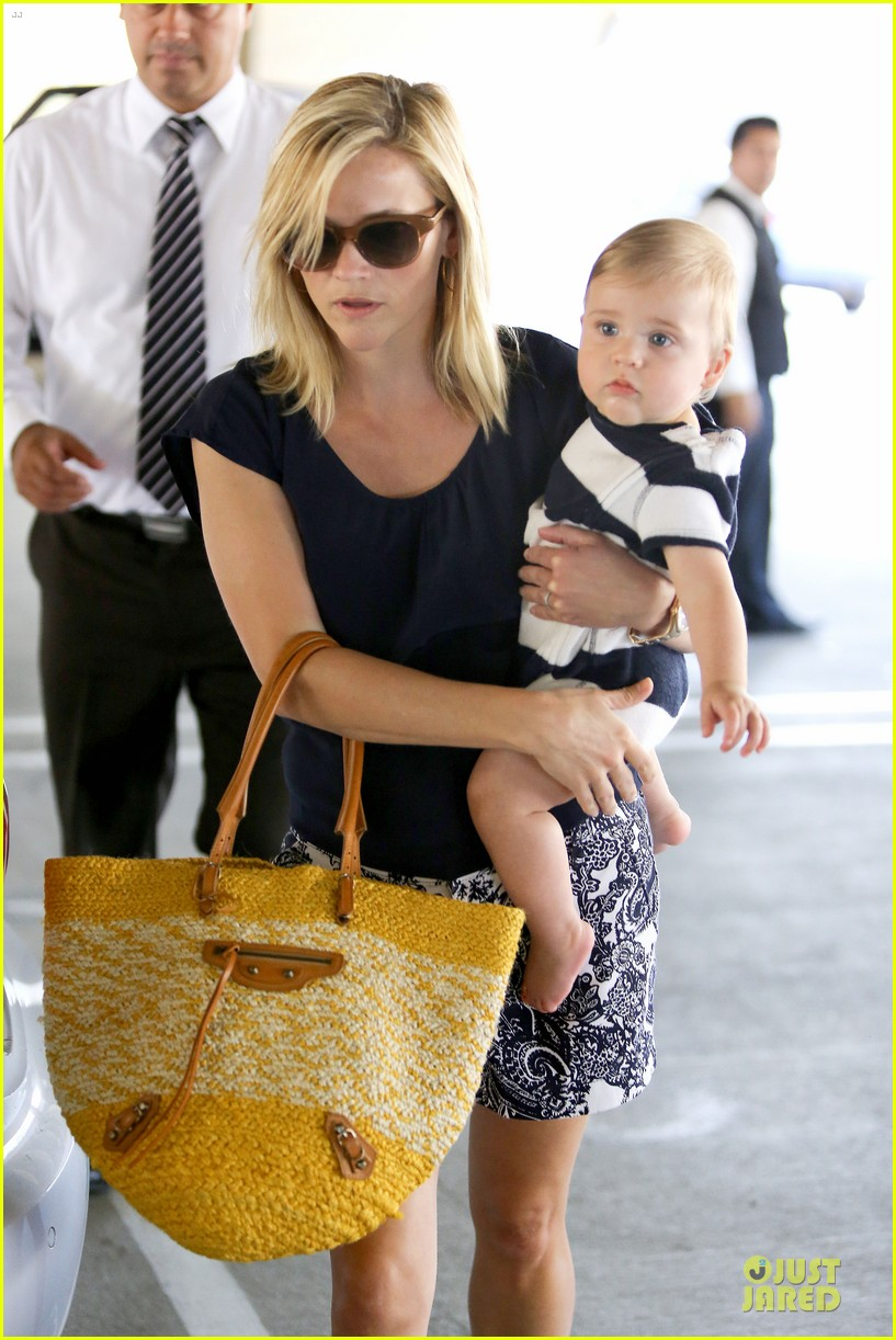reese witherspoon doctors office visit with tennessee 222898982