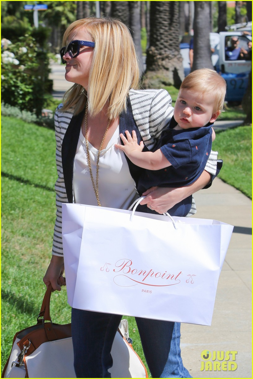 reese witherspoon playdate with tennessee 022895447