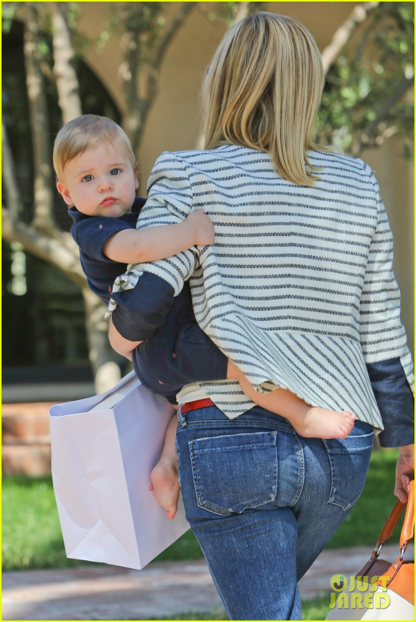 reese witherspoon playdate with tennessee 042895449