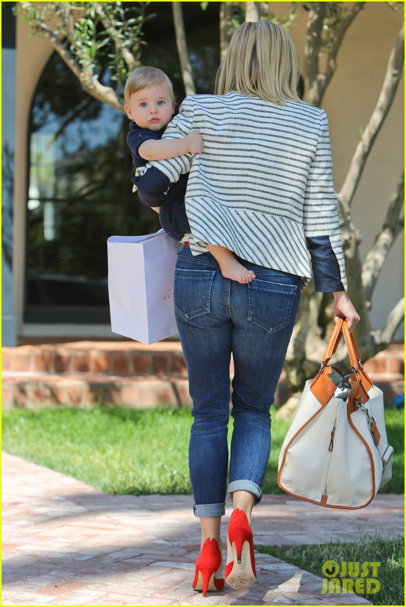 reese witherspoon playdate with tennessee 272895472