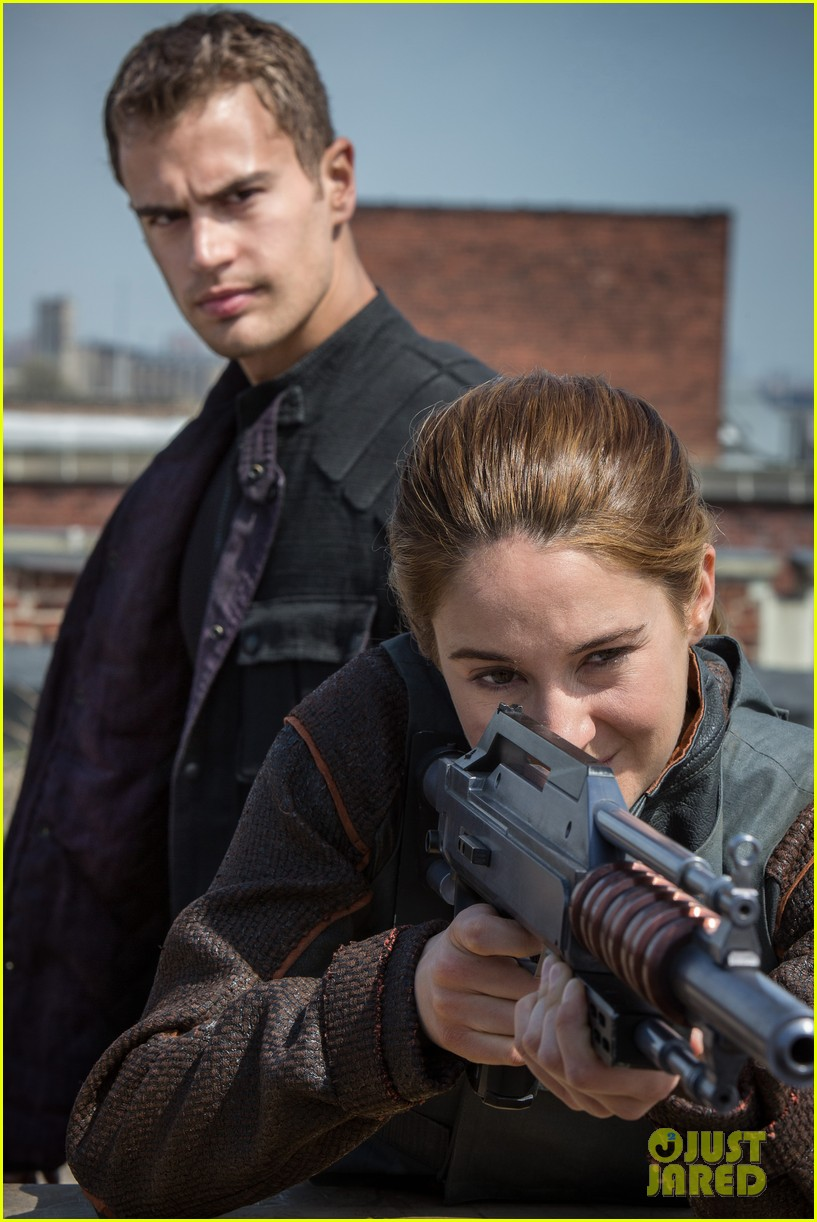 shailene woodley theo james new divergent stills 082898247