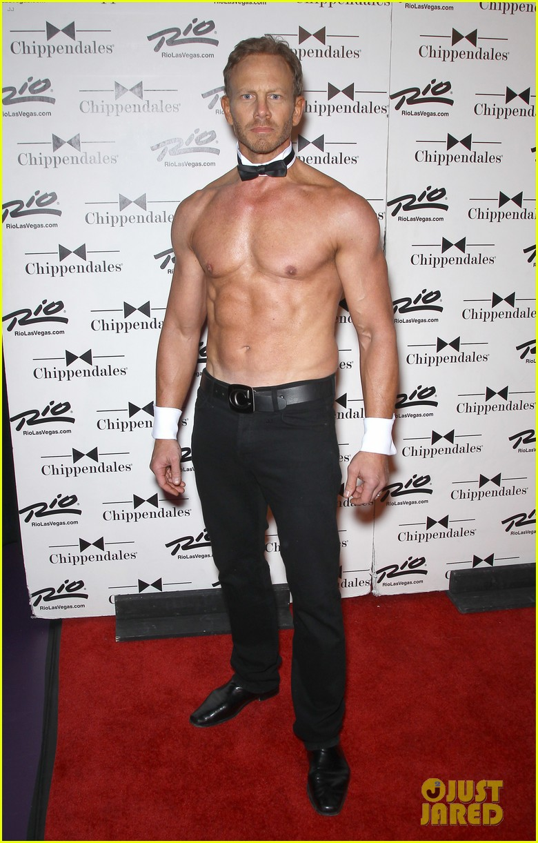 ian ziering shirtless chippendales debut 012887409