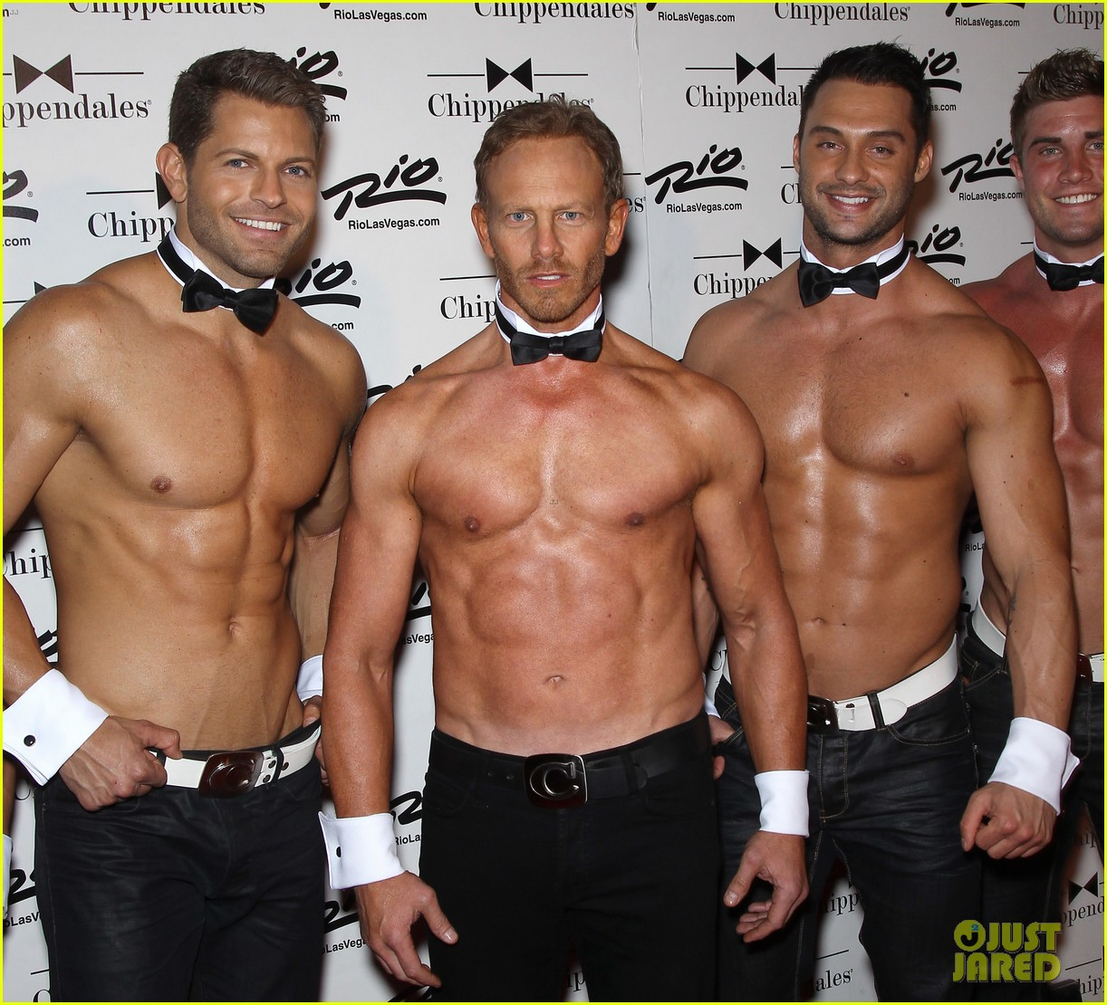 ian ziering shirtless chippendales debut 03