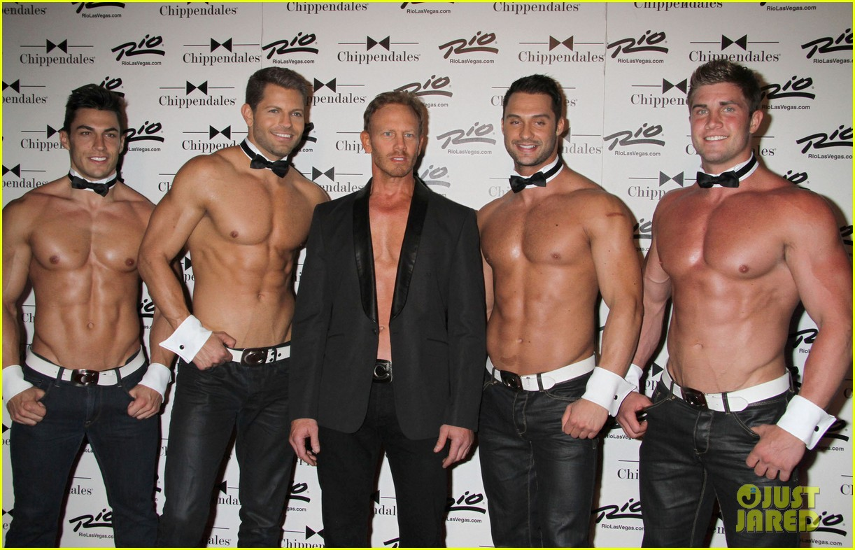 ian ziering shirtless chippendales debut 082887416