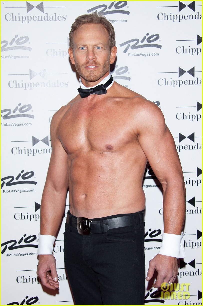 ian ziering shirtless chippendales debut 20