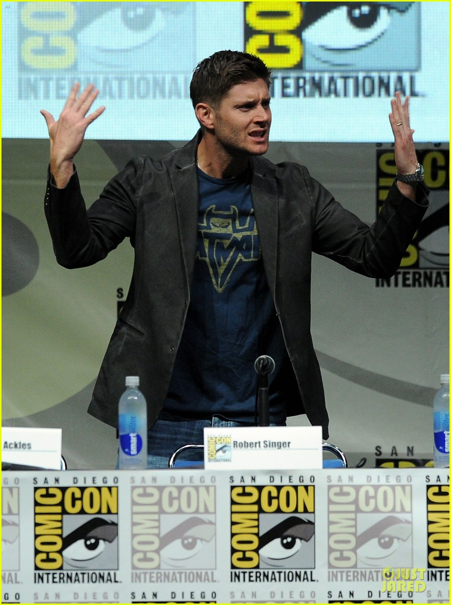 jensen ackles jared ackles supernatural at comic con 062914191