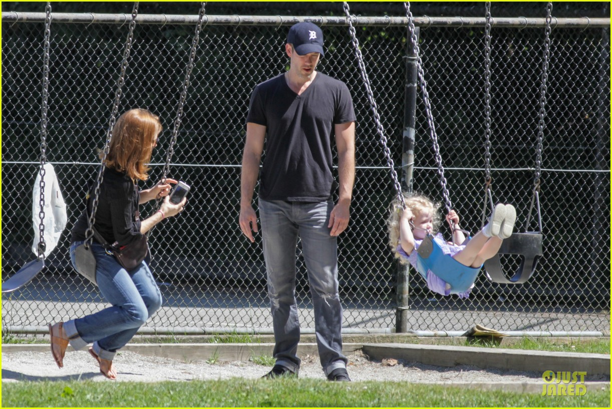 amy adams darren le gallo park date with aviana 12