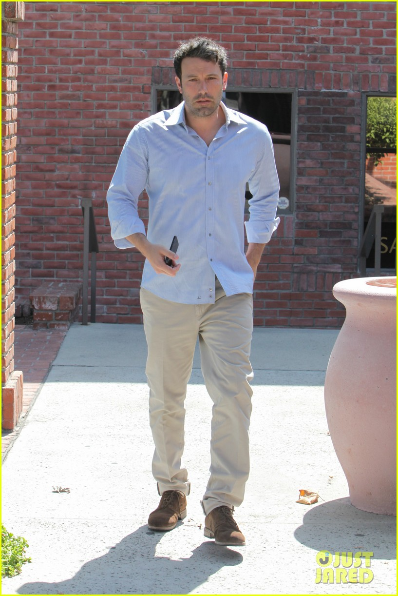 ben affleck business meeting in pasadena 032917222