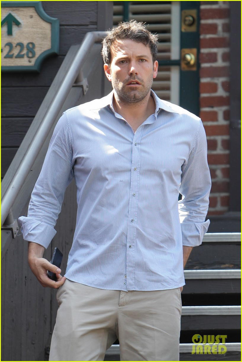 ben affleck business meeting in pasadena 072917226