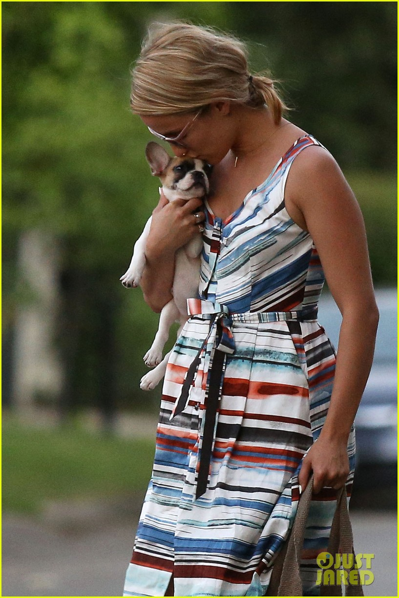 dianna agron kisses her new puppy on wednesday outing 212911297